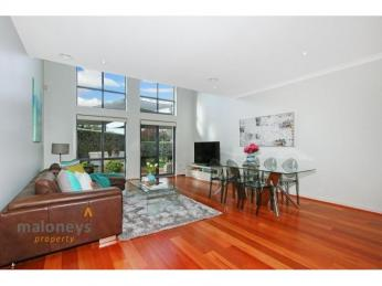 View profile: Stunning Contemporary 4 bedroom Townhouse